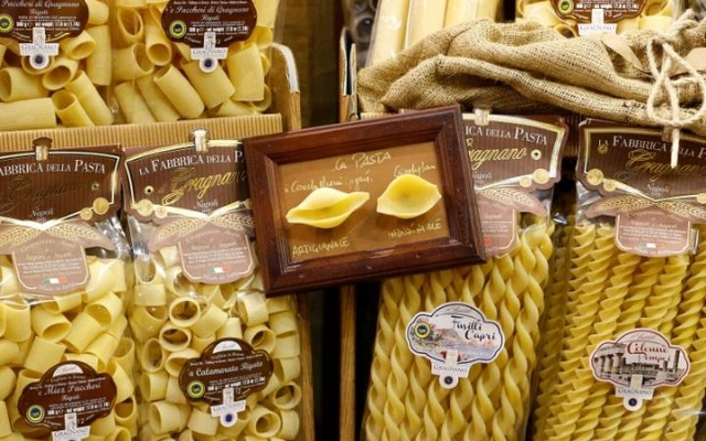 Different type of Gragnano's artisan pasta are seen at the 50th Vinitaly international wine and spirits exhibition in Verona, northern Italy, Apr 12, 2016. Reuters