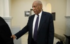 Actor and comedian Bill Cosby walks to the courtroom during a break on the second day of his sexual assault trial at the Montgomery County Courthouse in Norristown, Pennsylvania, US June 6, 2017. Reuters