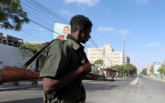 Up to 17 dead in Somali bomb and hostage attack