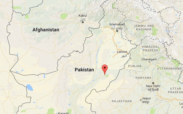 Oil tanker flips and explodes, killing over 100 in Pakistan