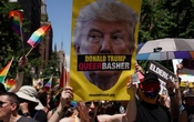 Participants take part in the LGBT Pride March in the Manhattan borough of New York City, US, Jun 25, 2017. Reuters