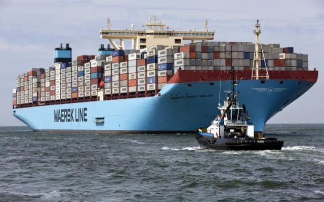 The MV Maersk Mc-Kinney Moller, the world's biggest container ship, arrives at the harbour of Rotterdam August 16, 2013. Reuters