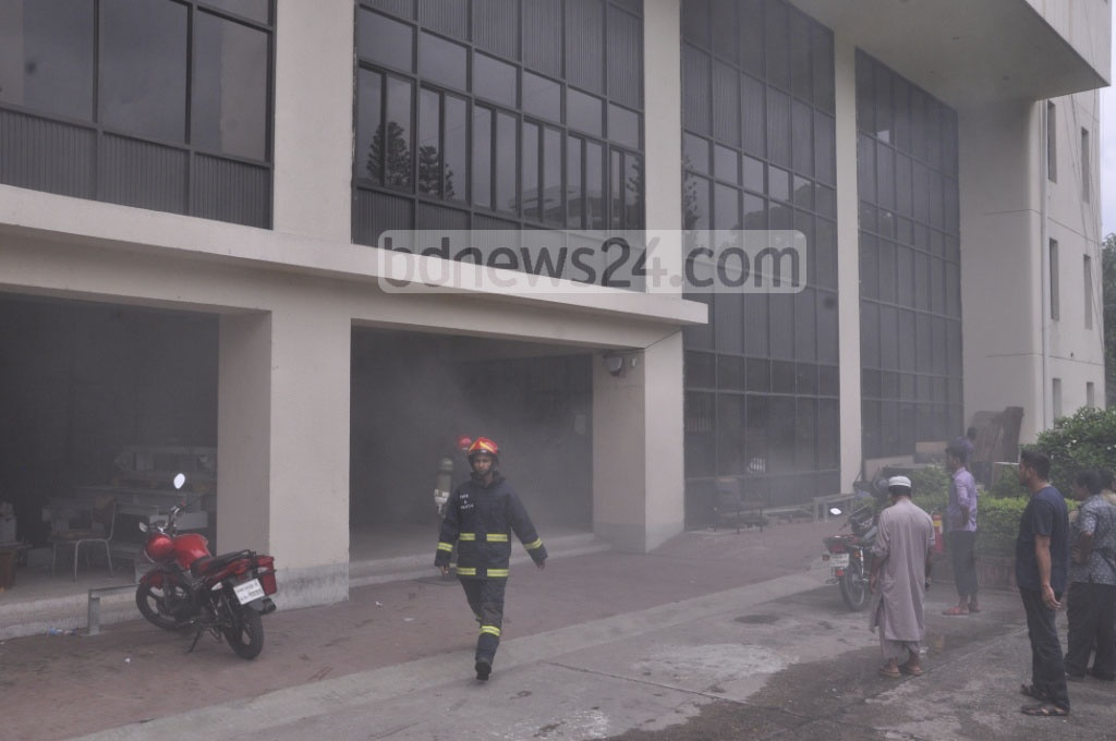 Firemen try to douse the fire at a power substation at the Rail Bhaban in the capital on Friday.