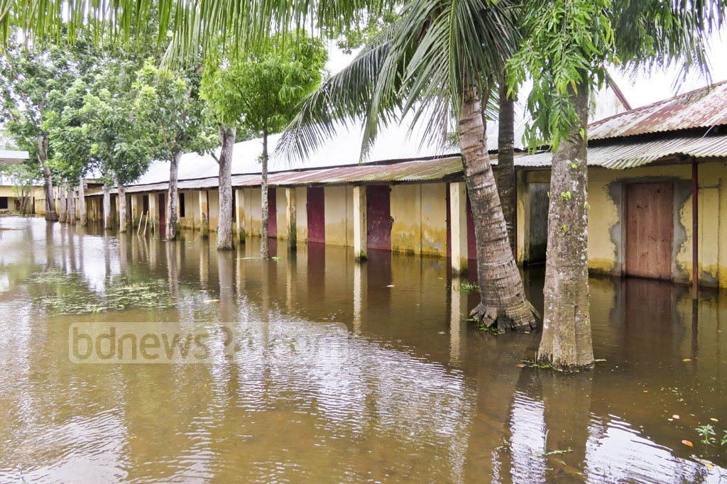 Many offices and educational institutions remained shut in Moulvibazar as the buildings have gone under water. The photo is taken from Kulaura Upazila on Friday.