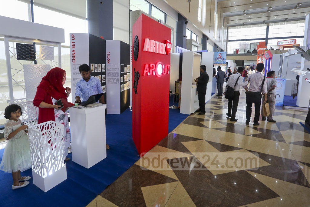 A three-day expo on interior design, home decor and furniture kicked off on Thursday at the Bashundhara International Convention Centre in Dhaka. Photo: asaduzzaman pramanik