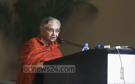 Former chief minister of Delhi Sheila Dikshit addressing a seminar titled 'Towards Great Dhaka' at a hotel in the capital on Wednesday. Photo: abdul mannan