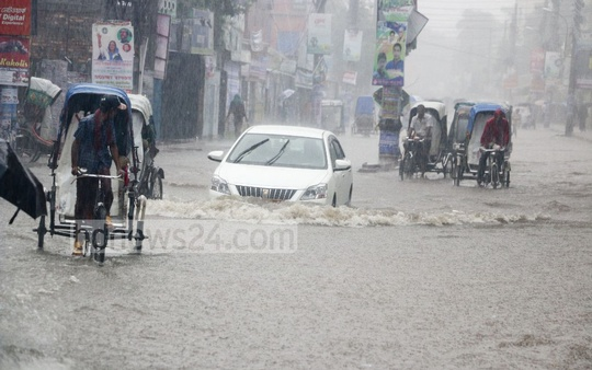 Streets in many areas of Khulna City submerged on Thursday following incessant rains over past two days due to a depression in the Bay of Bengal.