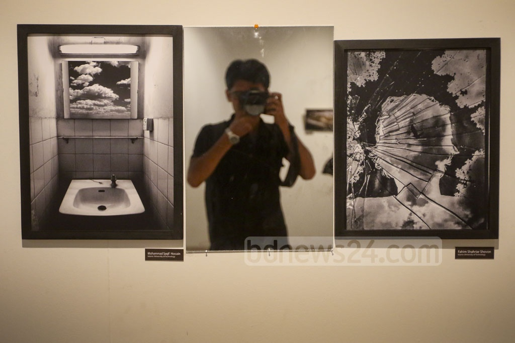 Dhaka University Photographic Society or DUPS and Bangladesh Shilpakala Academy have jointly organised the 4th National Photography Festival at the academy. Photo: asaduzzaman pramanik