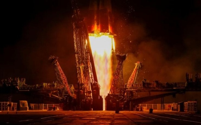 The Soyuz MS-05 spacecraft carrying the crew of Paolo Nespoli of Italy, Sergey Ryazanskiy of Russia and Randy Bresnik of the US blasts off to the International Space Station (ISS) from the launchpad at the Baikonur Cosmodrome, Kazakhstan Jul 28, 2017. Reuters