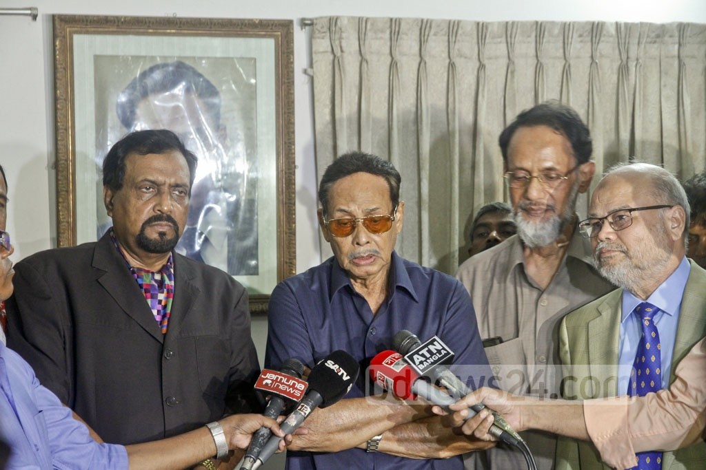 Jatiya Party Chairman HM Ershad answers reporters during a programme in the party's Banani offices on Sunday. Photo: tanvir ahammed