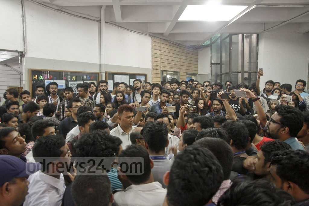 BRAC University students continuing their protests at Dhaka's Mohakhali campus for the second day on Tuesday after a law teacher had allegedly been assaulted by the registrar of the private university.