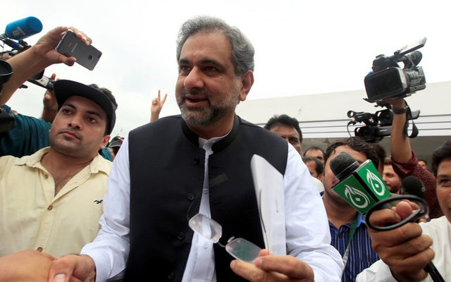 Pakistan's former Petroleum Minister and Prime Minister designate Shahid Khaqan Abbasi arrives to attend the National Assembly session in Islamabad, Pakistan August 1, 2017. Reuters