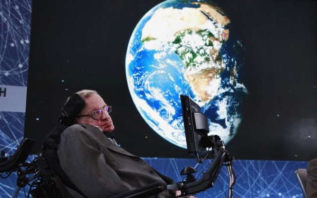 FILE PHOTO: Physicist Stephen Hawking sits on stage during an announcement of the Breakthrough Starshot initiative with investor Yuri Milner in New York April 12, 2016. Reuters