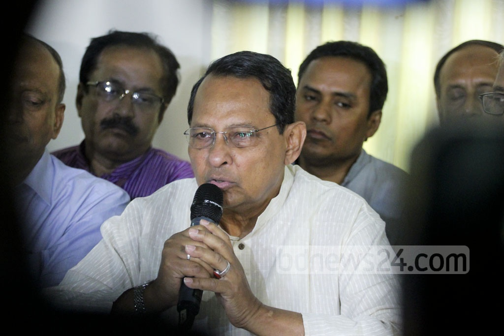 Information Minister Hasanul Haq Inu speaks at a press conference after a meeting of the Awami League-led 14-party alliance on Sunday. Photo: abdul mannan