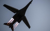 FILE PHOTO: A B-1B Lancer takes off from Al Udeid Air Base, Qatar, to conduct combat operations April 8, 2015. U.S. Reuters