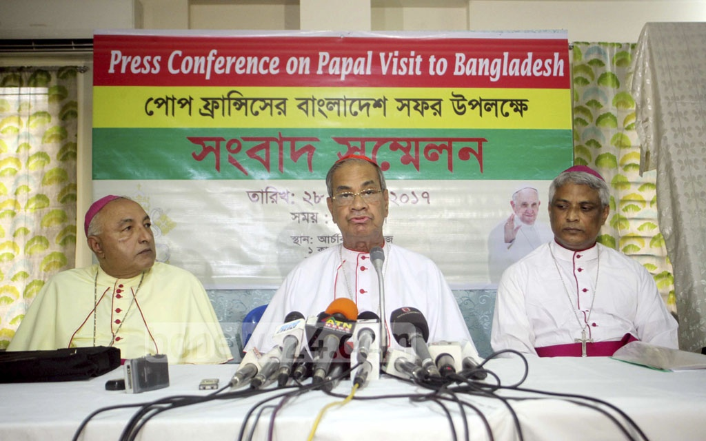 Cardinal Patrick D'Rozario, the archbishop of the Roman Catholic Church in Bangladesh, briefs the media on Monday at the Archbishop Bhaban at Kakrail in the capital about Pope Francis' Nov 30 visit to Dhaka.