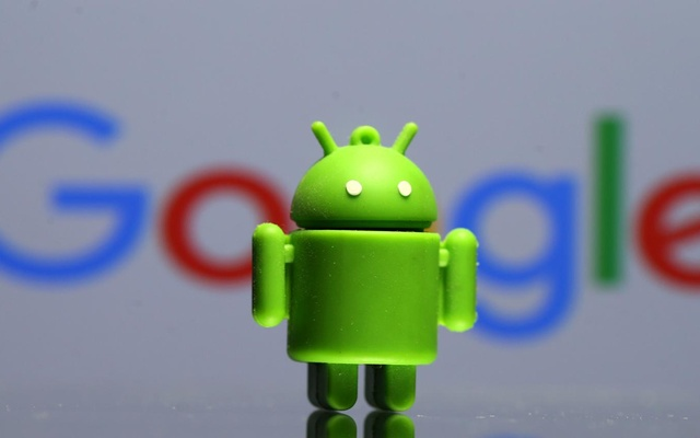 A 3D printed Android mascot Bugdroid is seen in front of a Google logo in this illustration taken July 9, 2017. Reuters