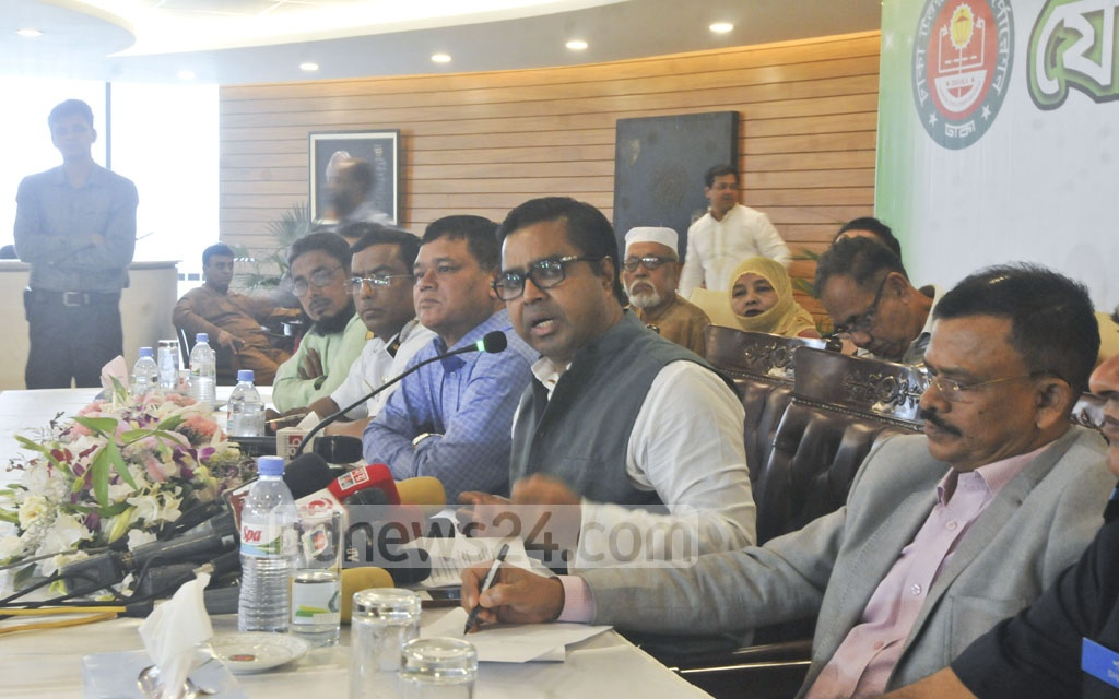 Dhaka South Mayor Sayeed Khokon speaks at a joint press conference at Dhaka North City Corporation offices on Sunday about managing the wastes from slaughtered cattle on Eid-ul-Azha.
