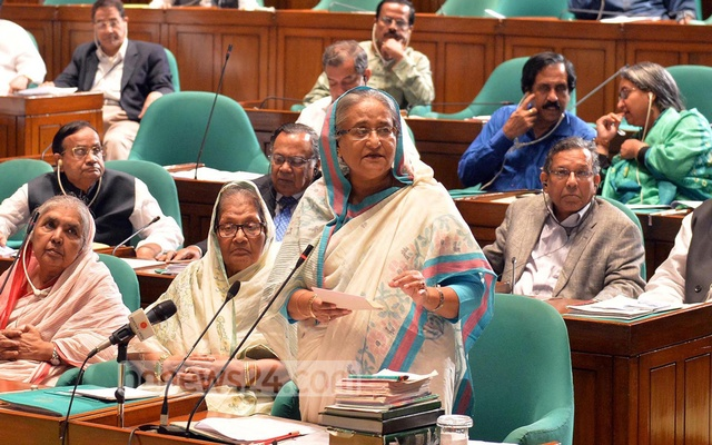 Prime Minister Sheikh Hasina speaking on Myanmar Rohingya crisis in parliament on Monday. Photo: Saiful Islam Kallol