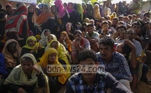 Rohingyas wait for biometric registration at the Kutupalong refugee camp. Photo: mostafigur rahman