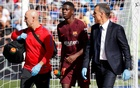 Santander La Liga - Getafe CF vs FC Barcelona - Coliseum Alfonso Perez, Getafe, Spain - September 16, 2017 Barcelona's Ousmane Dembele receives medical attention after sustaining an injury. Reuters