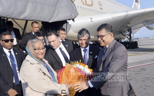 Prime Minister Sheikh Hasina has reached New York to attend the 72nd UN General Assembly. Bangladesh Ambassador M Ziauddin and Permanent Representative to the UN Masud Bin Momen received her at the JFK Airport Sunday afternoon local time. Photo: Saiful Islam Kallol