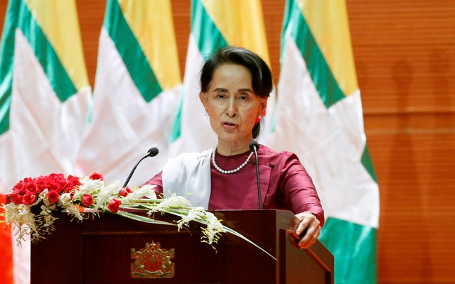 Aung San Suu Kye Defends Myanmar Military's Reponse To Rohingya Muslims