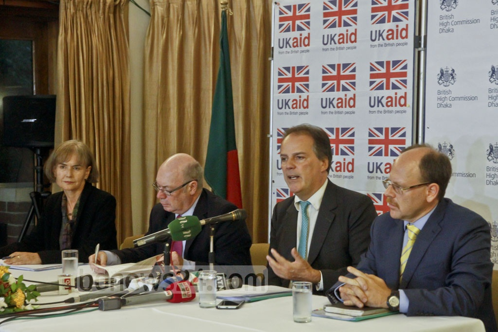 UK State Minister for Foreign and Commonwealth Affairs Mark Field speaks at a news conference in Dhaka on Thursday on his recent visit to Myanmar and the Rakhine State from where nearly 500,000 Rohingyas flee violence to Bangladesh in a month. Field says Myanmar leader Aung San Suu Kyi has promised him that Rohingyas will be taken back from Bangladesh. State Minister for International Development Alistair Burt (R) also visited Myanmar and spoke at the press confeenc. Photo: tanvir ahammed