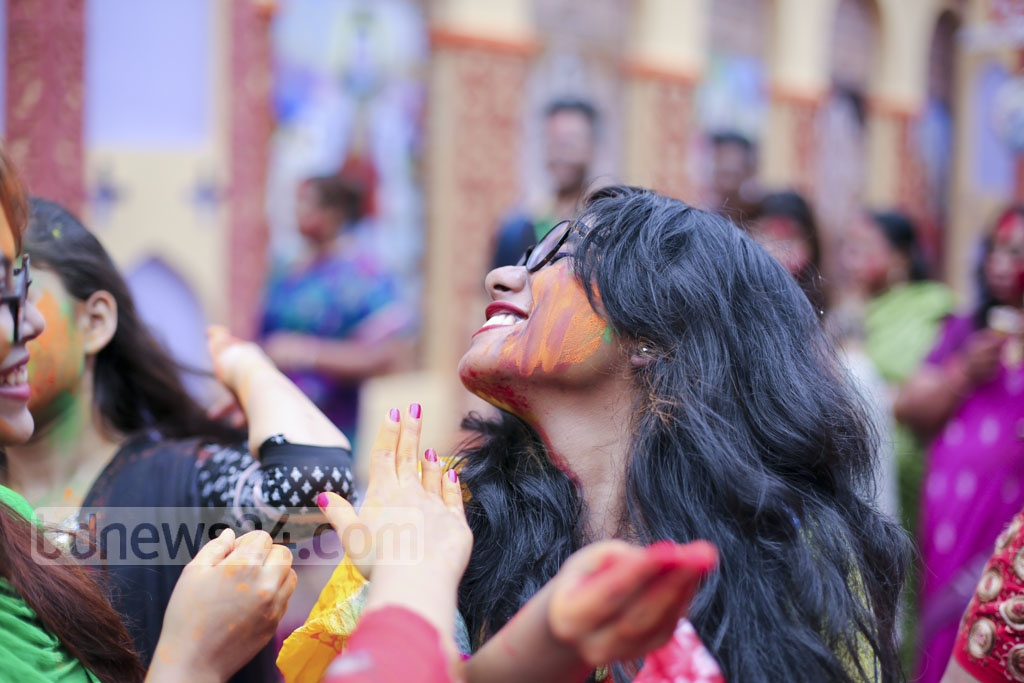 CELEBRATIONS OF COLOURS: Hindus mark the end of five-day Durga Puja at Dhaka's Kalabagan pavilion on Saturday ahead of the immersion of the goddess. Photo: abdul mannan