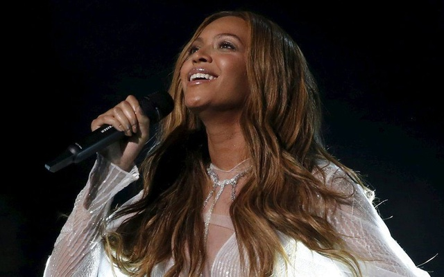 Beyonce records Spanish song 'Mi Gente' to support hurricane victims