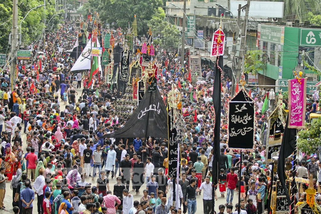 Amid tightened security measures, Shia Muslims brought out Ashura processions in different parts of the capital Dhaka, the largest one was taken out from Old Dhaka's Hussaini Dalan. Photo: asif mahmud ove