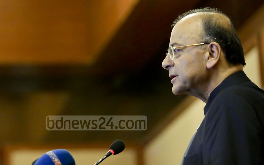 Indian Foreign Minister Arun Jaitley addresses a discussion on India-Bangladesh trade relations at Dhaka's Pan Pacific Sonargaon Hotel on Tuesday. Photo: md asaduzzaman pramanik