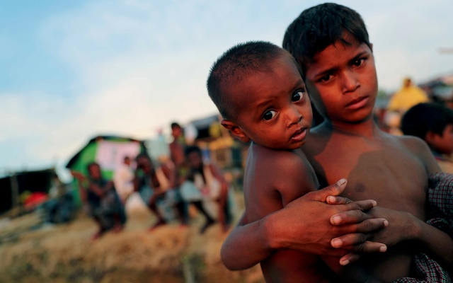 Half a million displaced in 'critical humanitarian crisis' in Myanmar