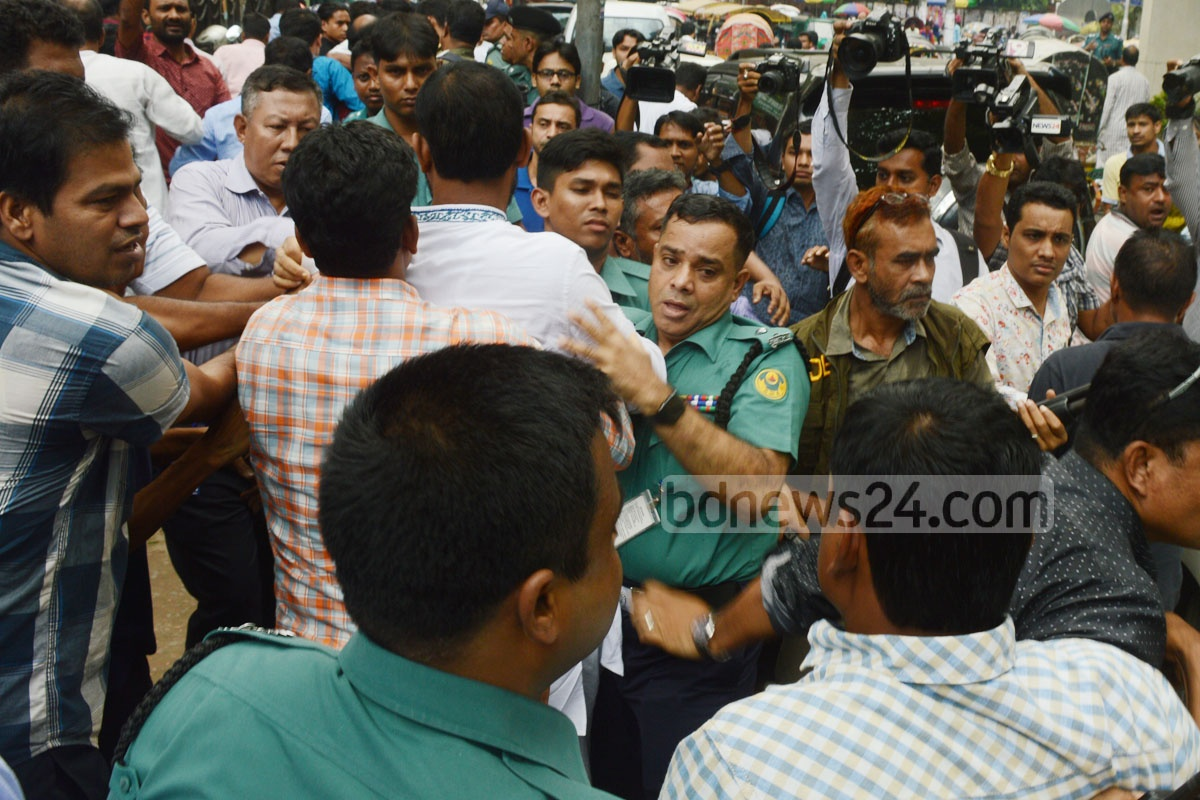 Police in Chittagong detained several leaders and activists of the Bangladesh Labour Party, a stakeholder in the BNP-led political coalition, after its founding anniversary event on Tuesday. Photo: suman babu