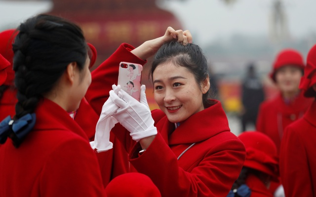 China's Xi lays out vision for 'new era' led by 'still ...