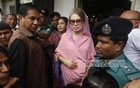 Khaleda arrives in court to apply for bail