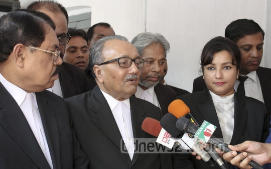 Prosecutor in the 2004 grenade attack Syed Rezaur Rahman speaks to the media on Monday, when the arguments in the case over the attack on an Awami League rally began. Photo: asif mahmud ove