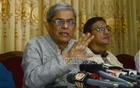 BNP Secretary General Mirza Fakhrul Islam Alamgir speaks on the attack on the BNP motorcade in Feni at a press conference at the Chittagong Circuit House on Sunday. Photo: suman babu