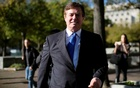 File photo - Former Trump 2016 campaign chairman Paul Manafort leaves US Federal Court, after being arraigned on twelve federal charges in the investigation into alleged Russian meddling in the 2016 US presidential election, in Washington, US Oct 30, 2017. Reuters