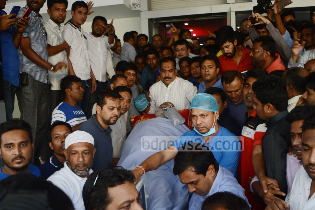 Chittagong Awami League leader ABM Mohiuddin Chowdhury is being transferred to a hospital in Dhaka for treatment from the port city on Sunday. Photo: suman babu
