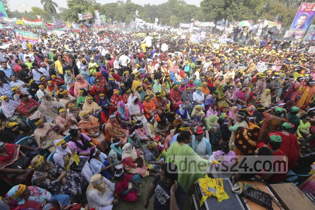 BNP leaders and activists attend the rally at Suhrawardy Udyan in Dhaka on Sunday. Photo: dipu malakar