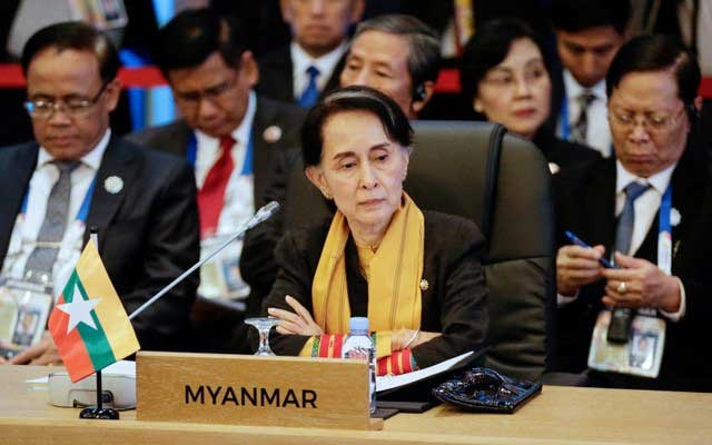 Myanmar's State Counsellor and Foreign Minister Aung San Suu Kyi looks on during the 9th ASEAN UN Summit in Manila, Philippines, 13 November 2017. The Philippines is hosting the 31st Association of Southeast Asian Nations (ASEAN) Summit and Related Meetings from 10 to 14 November. Reuters