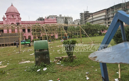 Garbage and refuse litter the open space in front of Old Dhaka's historic Ahsan Manzil. Photo: Dipu Malakar
