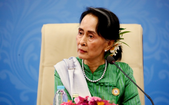 Myanmar State Counselor Aung San Suu Kyi attends a news conference at the Asia Europe Foreign Ministers (ASEM) in Naypyitaw, Myanmar, November 21, 2017. Reuters
