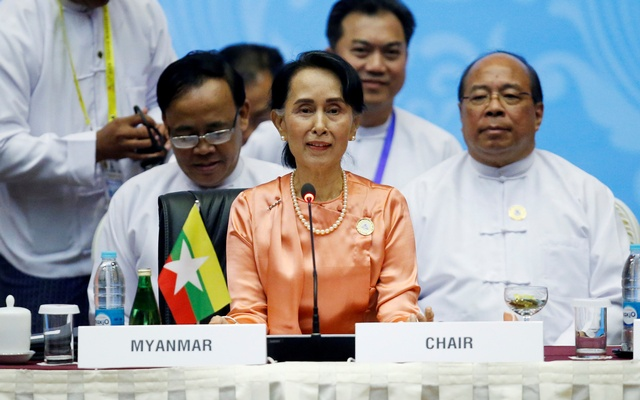 Myanmar State Counselor Aung San Suu Kyi attends the 13th Asia Europe Foreign Ministers Meeting (ASEM) in Naypyitaw, Myanmar, Nov 20, 2017. Reuters