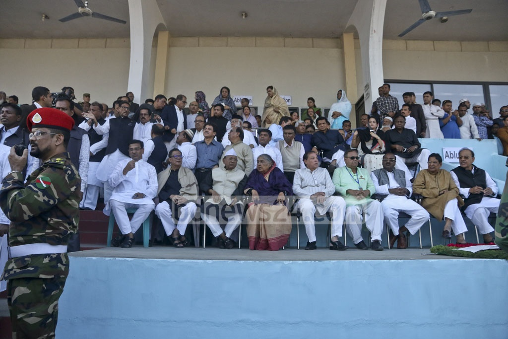The group of Awami League leaders who came to pay respect to Annisul Huq at Dhaka Army Stadium on Saturday. Photo: tanvir ahammed