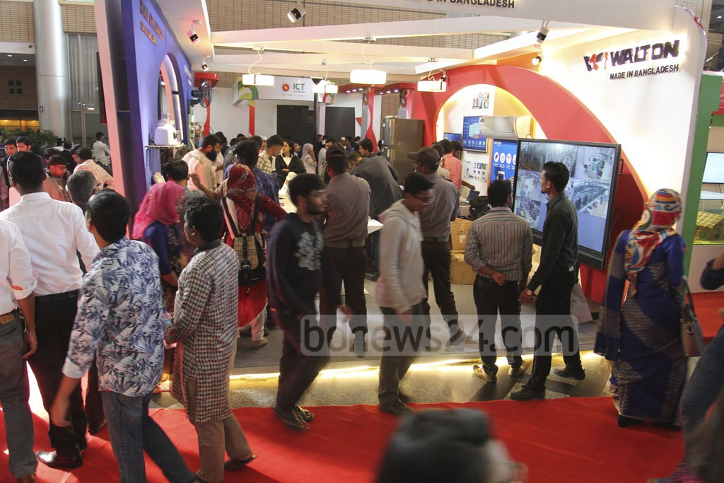 Visitors at the four-day Digital World 2017 exposition kicked-off at Dhaka's Bangabandhu International Conference Centre from Wednesday. Photo: asif mahmud ove