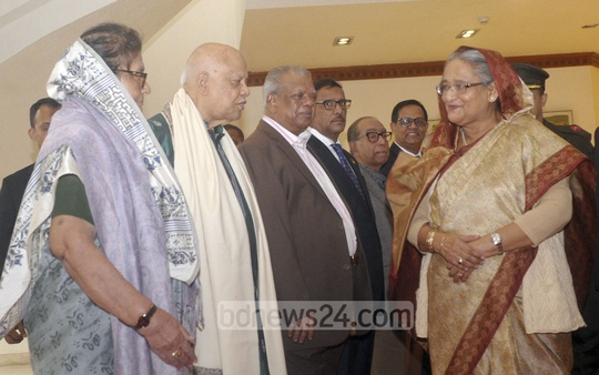 Cabinet members and government official seeing off Prime Minister Sheikh Hasina at the Dhaka airport on Monday, when she left for Paris to attend the One Planet Summit. Photo: PID