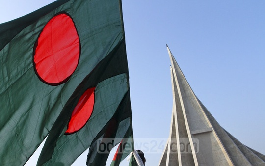 Bangladesh commemorates its valiant fighters on the 46th anniversary of victory in the Liberation War. Photo: dipu malakar