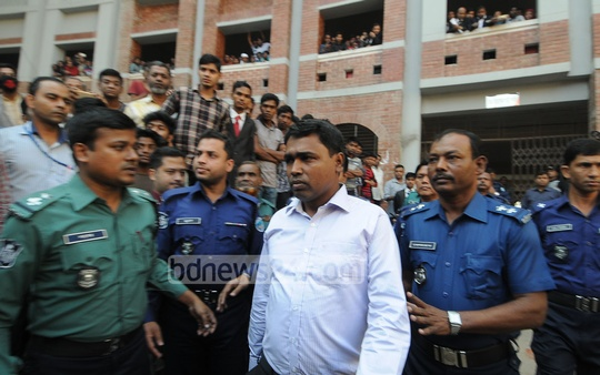 Chittagong University teacher Anwar Hossain, a suspect in the murder of Chhatra League leader Diaz Irfan Chowdhury, was sent to jail by court on Monday. The former assistant proctor surrendered to court and moved a bail petition, which was turned down. Photo: suman babu